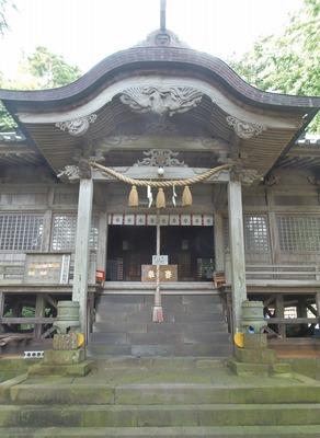 拝殿1.jpg