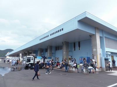 新仙崎魚市場.jpg