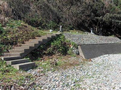 日露兵士の墓碑1.jpg