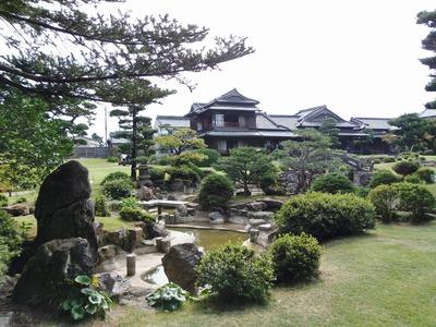 旧伊藤伝右衛門の庭2.jpg