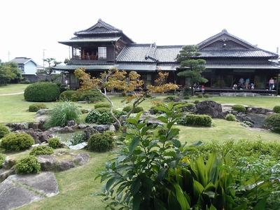 旧伊藤伝右衛門の庭3.jpg