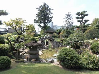 旧伊藤伝右衛門の庭5.jpg