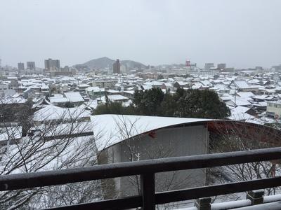 春風楼からの防府市雪景色.JPG