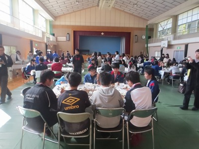 昼食会場2.jpg