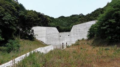 本城川堰堤1.jpg