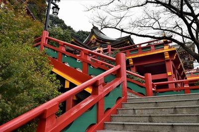 本殿への階段2.jpg