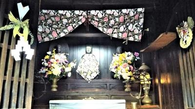 段地区・大師堂の三尊像1.jpg