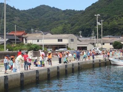 海岸魚釣り1.jpg