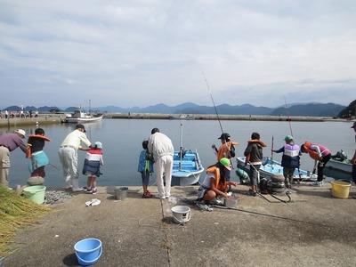 海岸魚釣り2.jpg