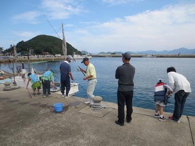 海岸魚釣り5.jpg