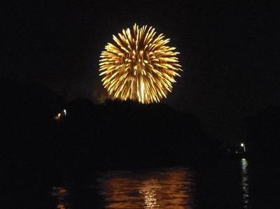王子山の花火2.jpg