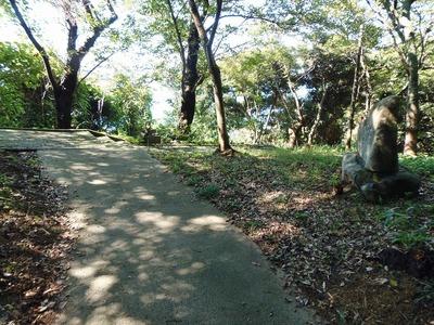 王子山公園への道2.jpg