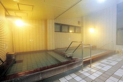 町の湯浴槽.jpg