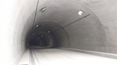 砂利ヶ峠トンネル3.jpg