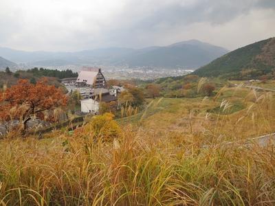 秋の湯布院.jpg