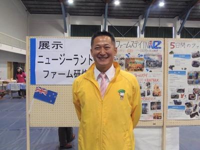 笠本県議会議員.jpg