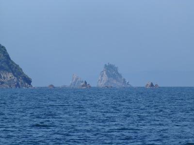 笹島近くの小岩島.jpg