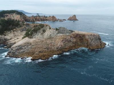 筍岩と平家台.jpg