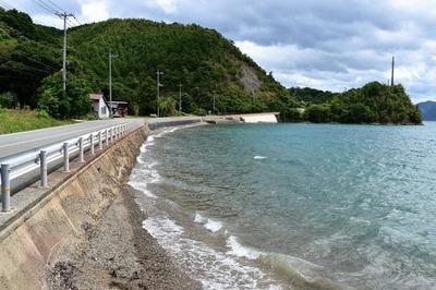 綺麗になった吉富の浜.jpg