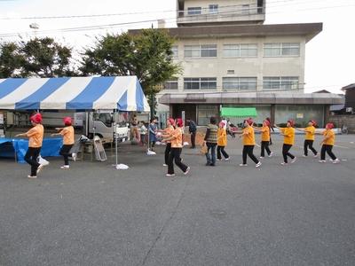 総踊り2.jpg