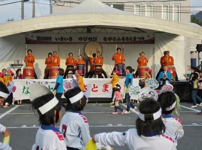 総踊り3.jpg