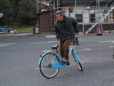 自転車後乗り.jpg