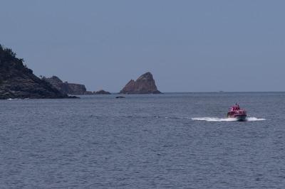 船越の浜からの「竹の子鼻」2.jpg
