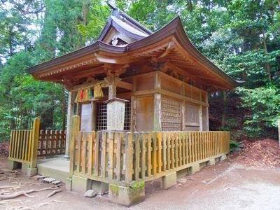 荒立神社と四皇子社.jpg
