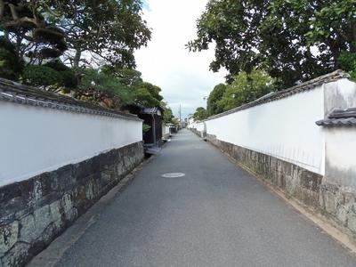 萩城下町「白壁」の通り.jpg