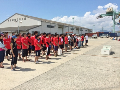 表彰式赤のTシャツはマツダのチーム.jpg