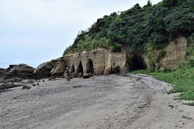 西側浜辺.jpg
