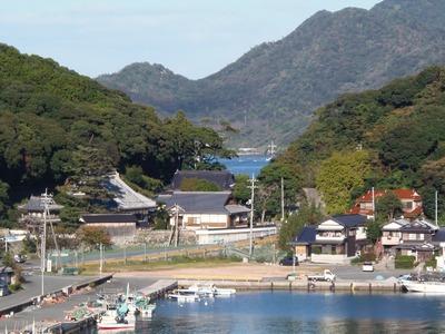 西圓寺と六浦(もーら).jpg