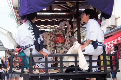 踊り子さんの優美な舞3.jpg