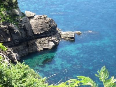 透き通った海.jpg