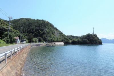 通地区吉富の浜.jpg