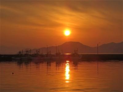 通漁港の夕陽2.jpg