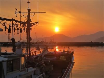 通漁港の夕陽3.jpg