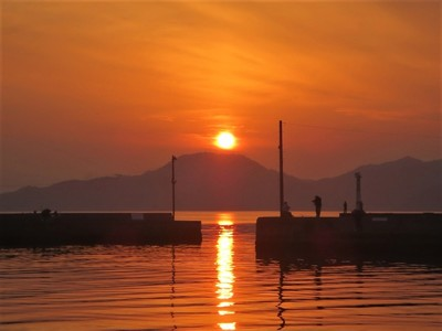 通漁港の夕陽4.jpg