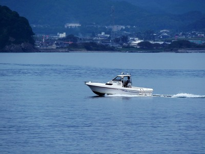 遊漁船2.jpg