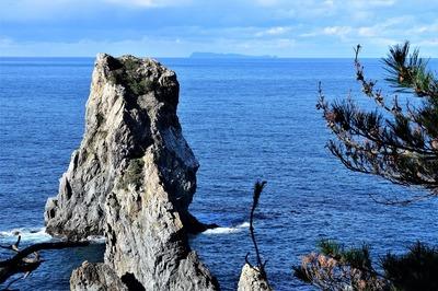 遠くに萩市見島.jpg