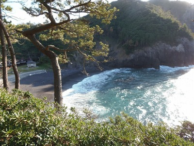 長浜群洞と船越の浜.jpg