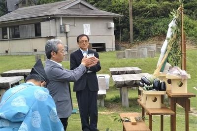 長門市観光コンベンション協会の光永忠由副会長・玉串奉奠.jpg