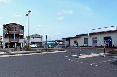 長門市駅2.jpg