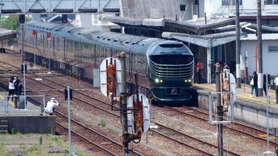 長門市駅のトワイライトエクスプレス瑞風2.jpg