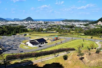 陶芸の村公園と萩市街地.jpg