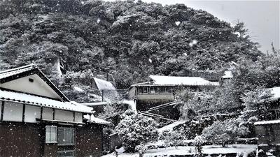 雪化粧の大日比2.jpg