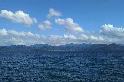 青い空と夏の雲と青い海1.jpg