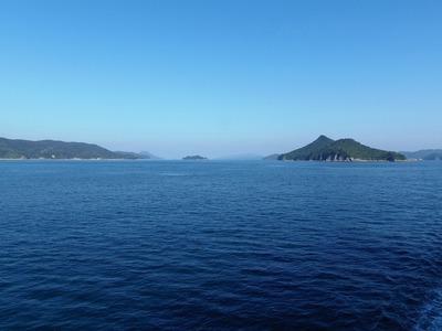 青い空と海と島々.jpg