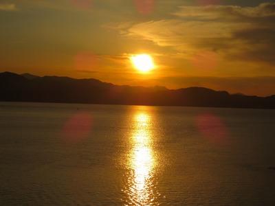 青海大橋からの夕陽2.jpg