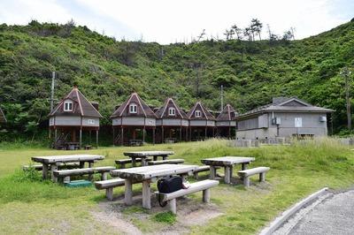 青海島キャンプ村.jpg